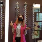 Principalele avantaje și dezavantaje ale ochelarilor de vedere sau lentilelor de contact