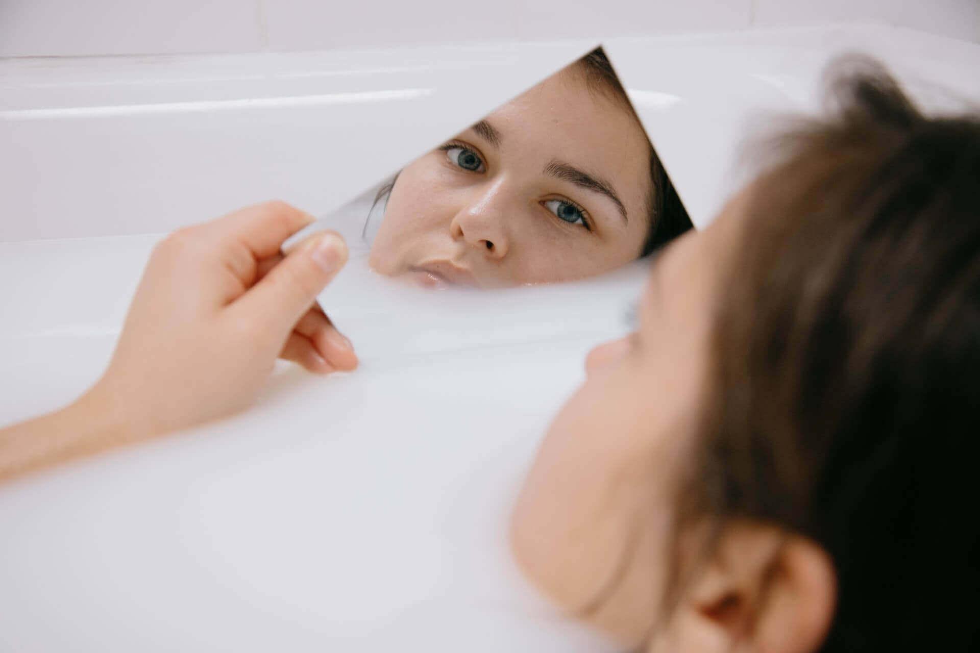 Igiena ochiului – cele mai frecvente greșeli și ce trebuie să faci în schimb